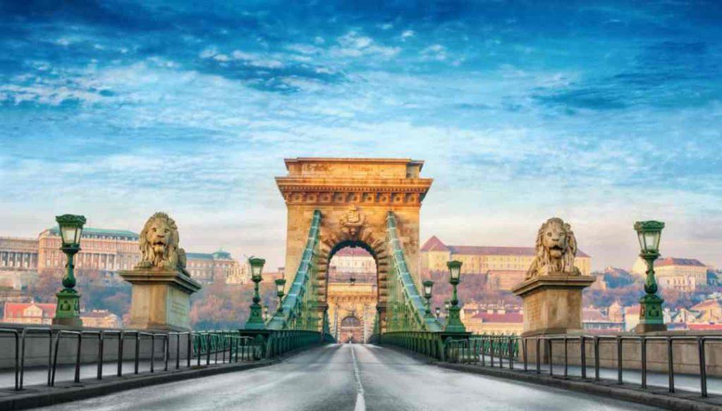 Viaggio a Budapest, gioiello europeo LOW COST