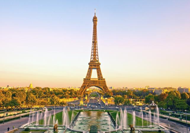 Salire sulla torre Eiffel