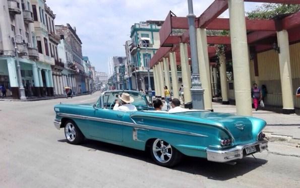 Perché a l'Avana ci sono così tante auto d'epoca?
