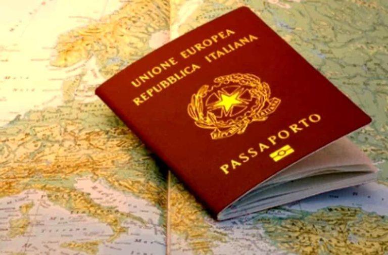 Come rinnovare il passaporto nel 2020: Novità su costi e tempi di rilascio